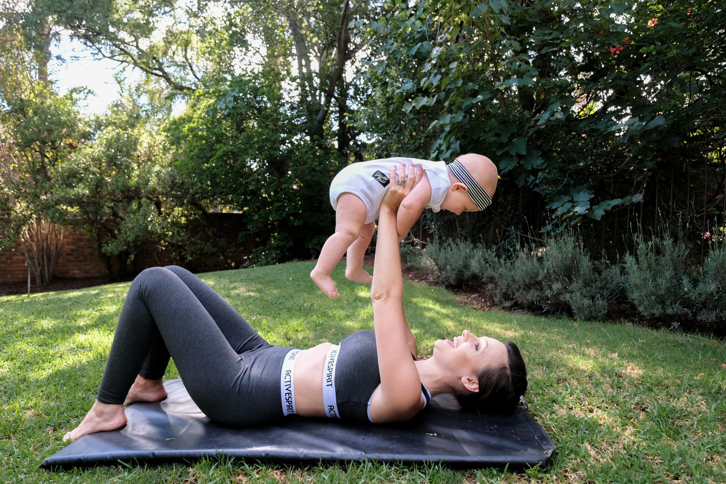 JustaMamma Mommy and Baby Fitness baby bench press