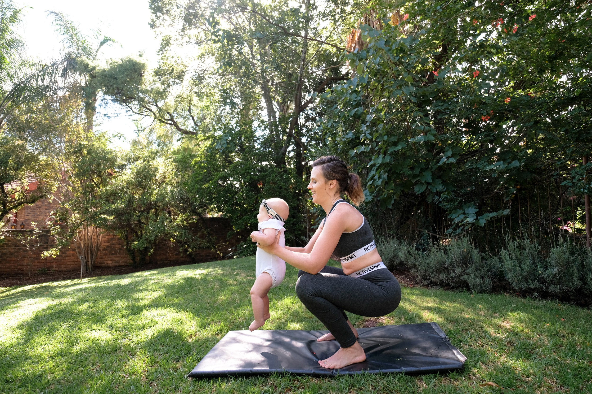 JustaMamma Mommy and Baby Fitness squat