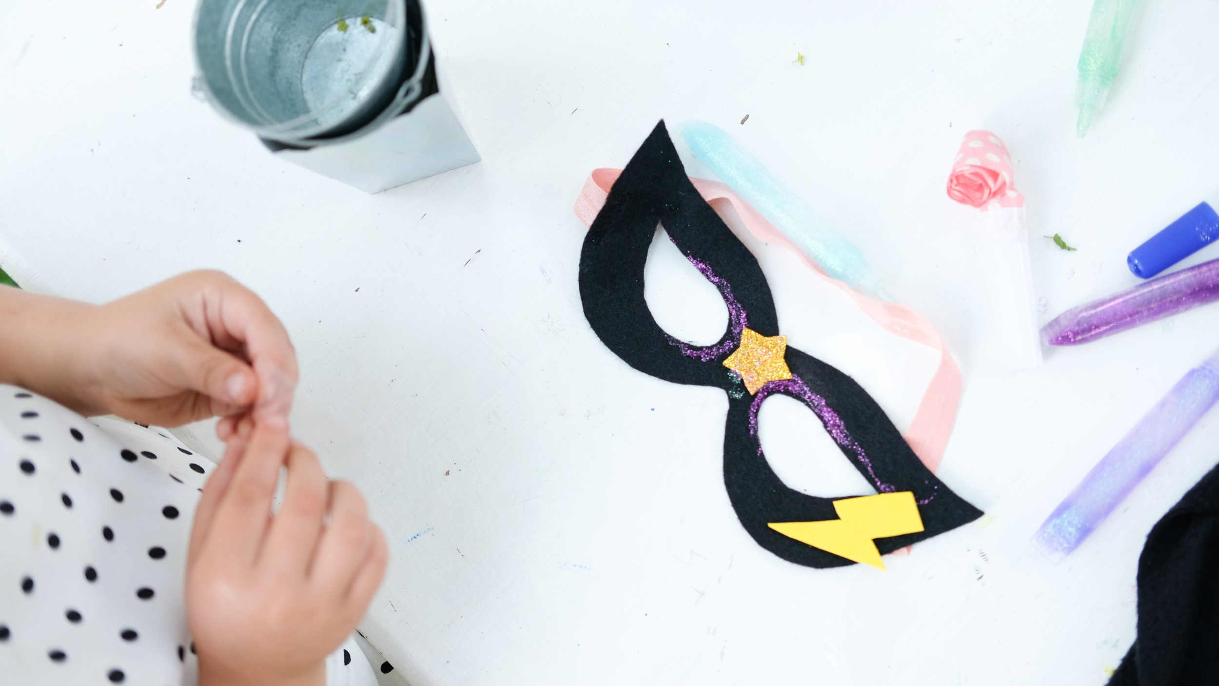 Superhero birthday party DIY mask