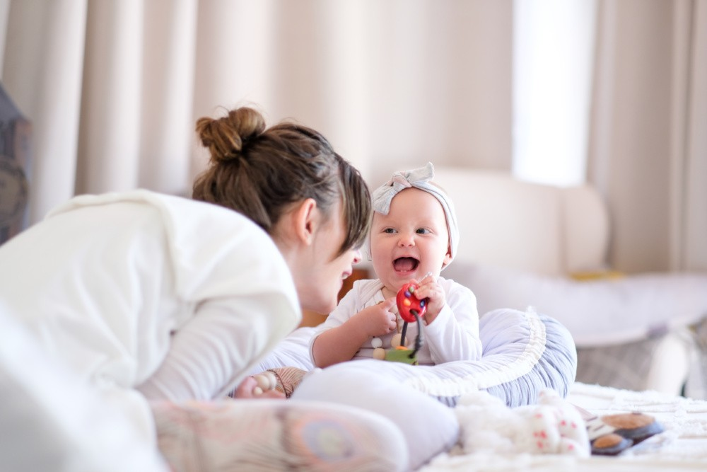 Let's play: How to stimulate your baby during the 1st year