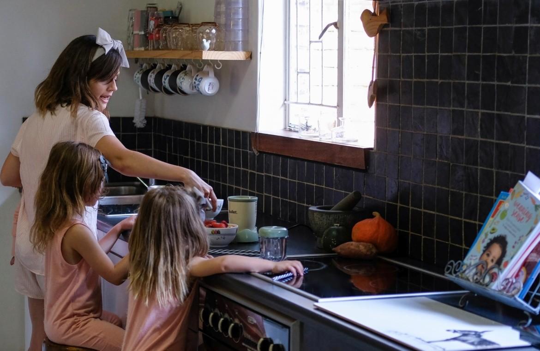 Just a Mamma Plastic free Eco friendly kitchen hacks e1531892152488