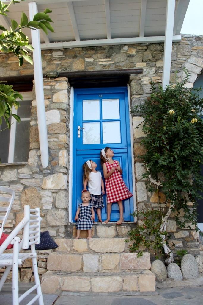 Travel fashion for girls, Travel fashion for girls   Greece 2018