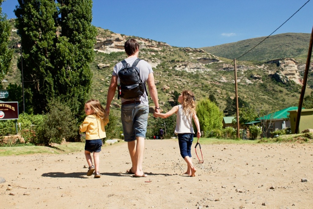 Tips for traveling with kids, 10 tips for traveling with kids