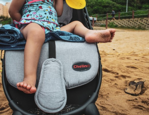 Compact-travel-stroller