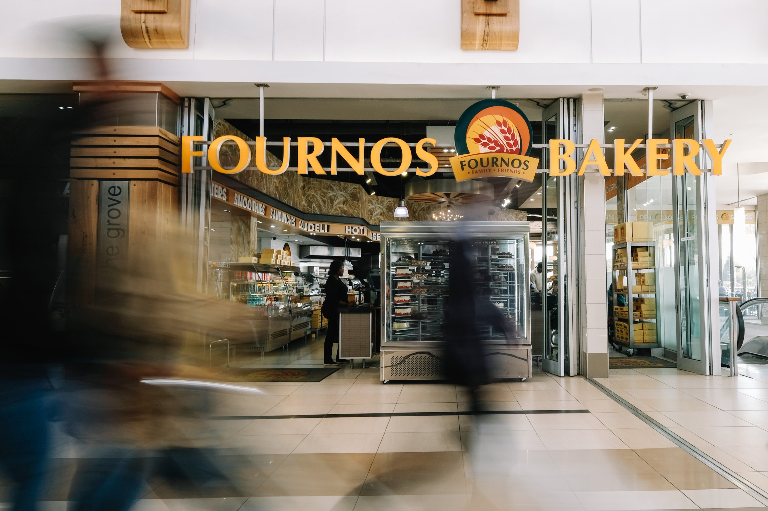 Fournos-Bakery-at-The-Grove-Mall