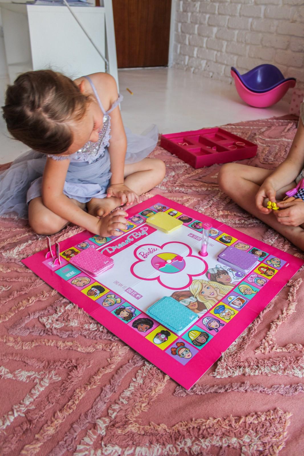 Just A Mammabarbie Dream Big Board Game 9489