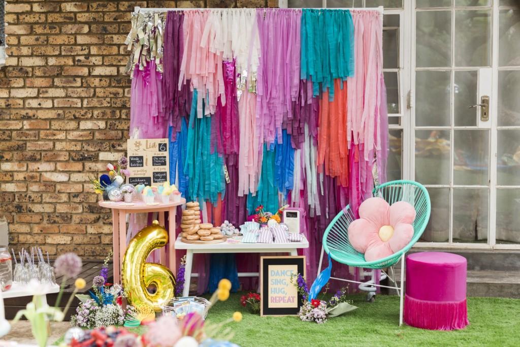 princess poppy trolls party decor